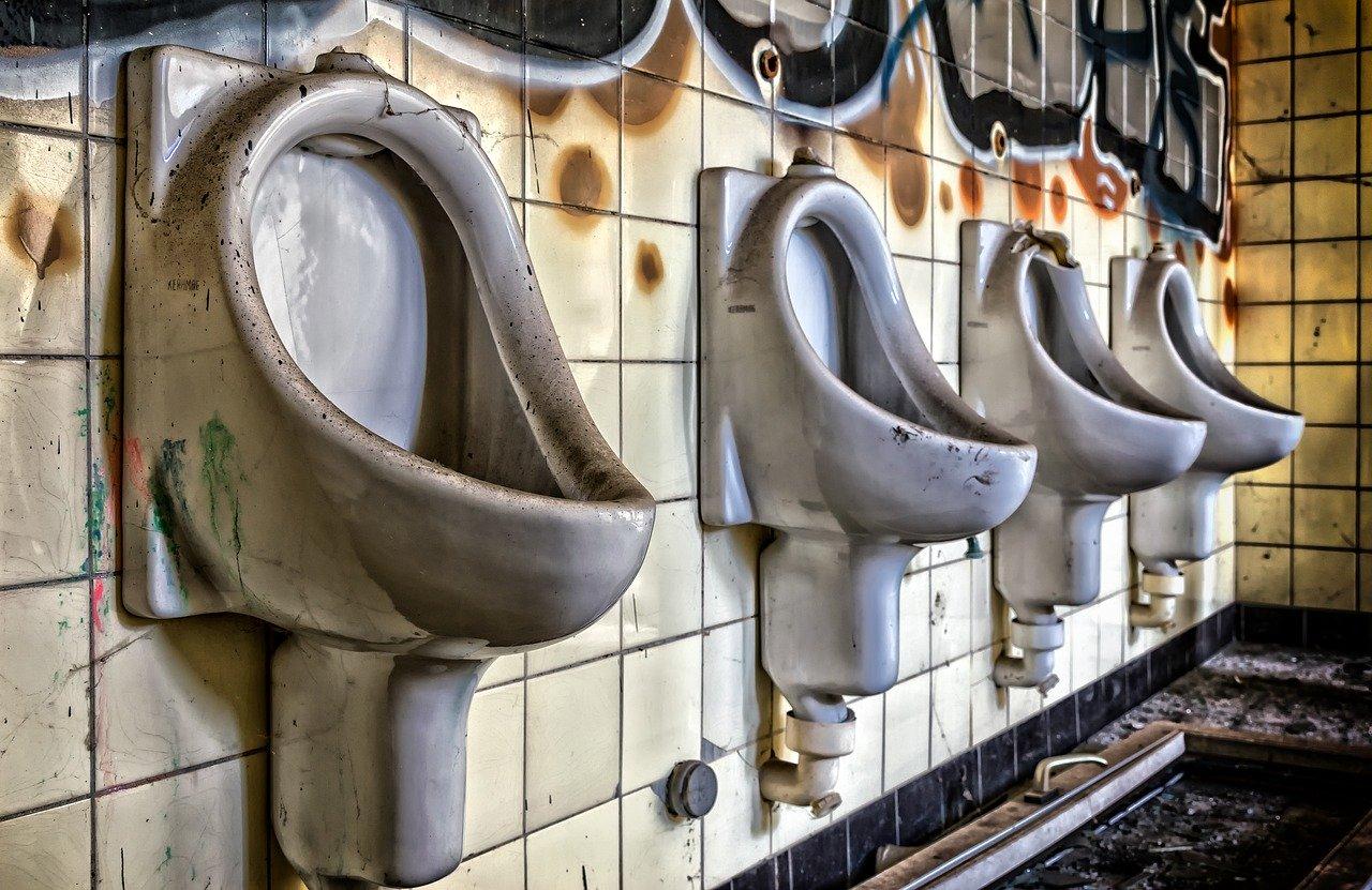 douche avec pompe de relevage intégré