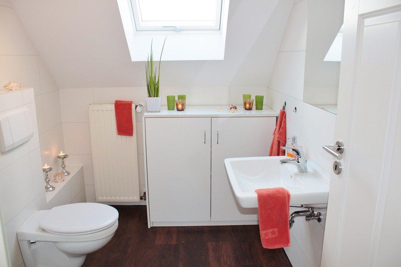 receveur de douche avec pompe de relevage intégrée